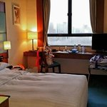 Queen Room Overlooking the Park and Tsim Sha Tsui