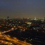 Ночной вид из окна