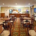 Breakfast Area Holiday Inn Express Niceville-Eglin AFB