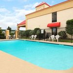 Photo of Ramada La Vergne