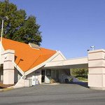 Welcome to Howard Johnson Inn, Princeton Lawrenceville