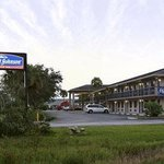 Welcome to Howard Johnson Inn Vero Beach / I95
