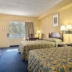 Howard Johnson Inn College Park