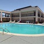 Baymont Inn & Suites Mobile/ I-65 Foto