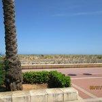Playa enfrente del hotel