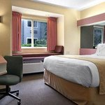Foto de Microtel Inn & Suites by Wyndham Knoxville