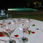 Les pétales de fleurs, un détail agréable propre à chaque repas.