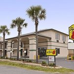 Welcome to the Super 8 St Augustine Beach