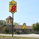 Welcome to Super 8 Onawa
