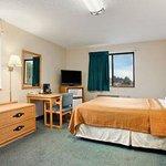 Standard One Queen Bed Room