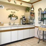 Start your day off with dozens of delicious items in our continental breakfast area. Serving fro