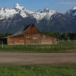 The famous Mormon barn only 1min walk from the cabin