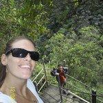 Bajando a Cascada de Machay - Baños de Agua Santa