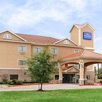 Welcome to the Baymont Inn and Suites Baytown