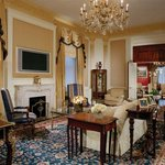 Waldorf Towers Grand Suite Parlor H