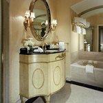 Waldorf Towers Historic Suite Bathroom H
