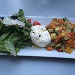 Burrata & légumes tièdes confits à l'huile d'olive