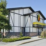 Super 8 by Wyndham Saanichton Victoria Airport