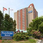 ‪Travelodge Hotel Toronto Airport‬