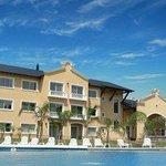 Photo de Howard Johnson Resort Pilar