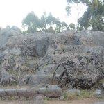 Q'enqo - trono moldado na pedra