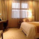 ラマダ上海興園ホテル (上海華美達興園酒店)