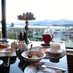 breakfast with stunning lake view
