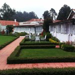 Other rooms with private lawns..