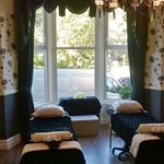 Skin & Tonic therapy room