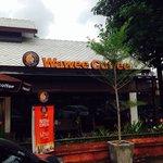 Coffee shop wawee at nan