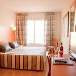 TOP Hotel Ramblas Barcelona_Guest Room
