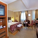 1 King Bed Executive Room