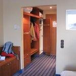 hotelzimmer mit Doppeltür