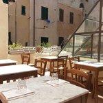 La terrazza all'ora di pranzo.