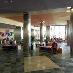 Hotel_Hall