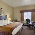 Photo de Baymont Inn & Suites Wheeler