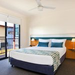Australis Hotel Noosa Lakes Queen 1 Bedroom