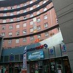 Au pied d'un supermarché, pratique en appart-hotel !