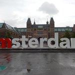 museumplein - Iamsterdam con pioggia
