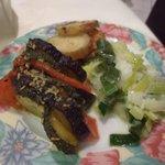 Les légumes servis avec la truite