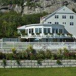 White Mountain Hotel in Summer