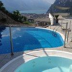 Aussicht und Pool