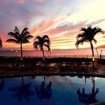 Hololani Pool at Sunset - breathtaking!