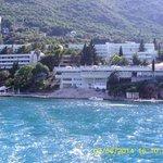 L'hôtel vue du bateau