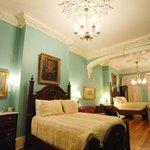 Grand Two Fulls Antique Suite