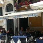 Artblu Cafe