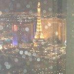 paris/fountain night view