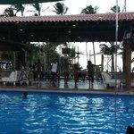 Área da piscina com atividades