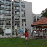 Hotel & poolside bar