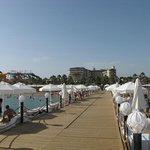 Bellis hôtel depuis le ponton privé sur la plage